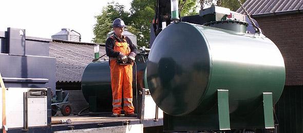 bovengrondse dieselopslag tanks, cilindrische dieseltank, diesel opslagtanks dubbelwandig, kiwa keur dieseltank, eisen dieselopslag, wetgeving dieseltank, actie tankslag, bedrijf